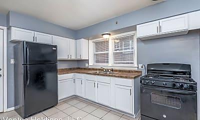 Kitchen, 7026 S Cornell Ave, 0
