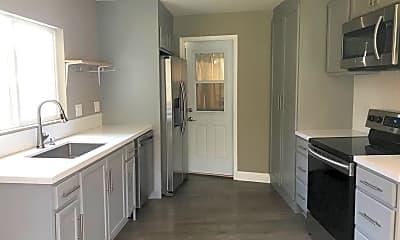 Kitchen, 982 Carmel St, 1