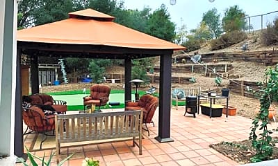 Patio / Deck, 725 Russell Way, 0