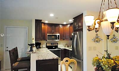Kitchen, 1102 Duncan Cir 104, 1