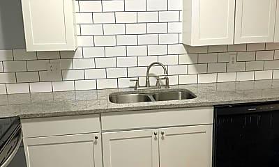 Kitchen, 473 Whispering Hills Dr, 1