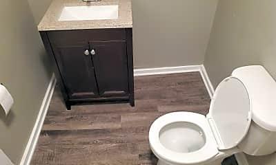 Bathroom, 46 Broadway 6, 2