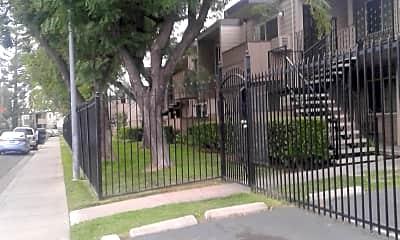 Lincoln Village West Apartments, 1
