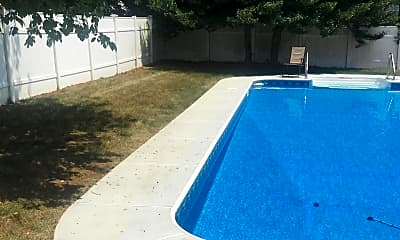Pool, 329 Yorke Ave, 1