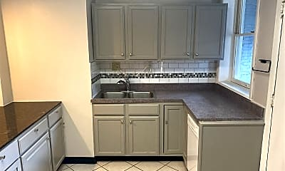 Kitchen, 1310 W Winona St #2R, 0
