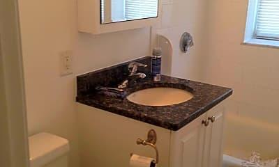 Bathroom, 184 Newton St, 0