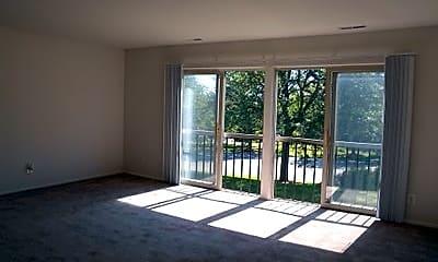 Glencoe Hills Apartments, 2