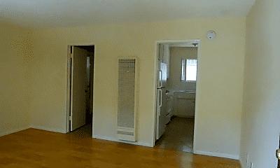 Living Room, 5531 Fulcher Ave, 1