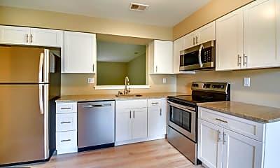 Kitchen, 132 Talgrath Ct, 1