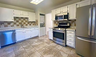 Kitchen, 1814 Woodside Rd, 0