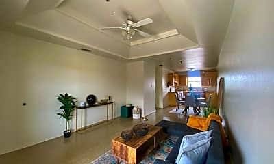 Living Room, 1320 Del Oro Ln, 1