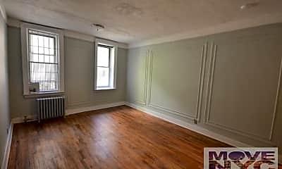 Living Room, 495 Washington Ave, 1