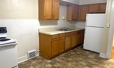Kitchen, 4342 Belleview Ave, 1
