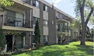 Building, 3725 Cedar Ave S, 2