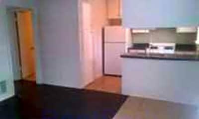 Plum Creek Apartments, 0