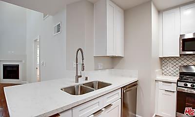 Bathroom, 1419 Peerless Pl 213, 1