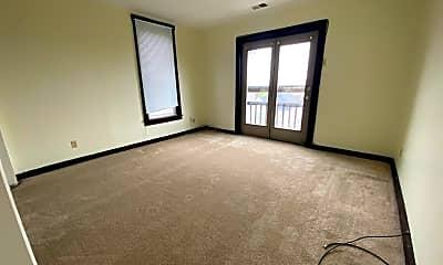 Living Room, 2121 Milligan Ave, 2
