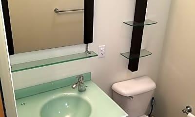 Bathroom, 1209 Washington Ave, 2