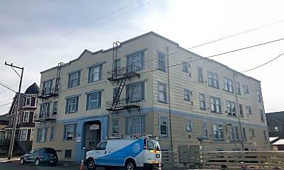 Building, 1140 E St, 1