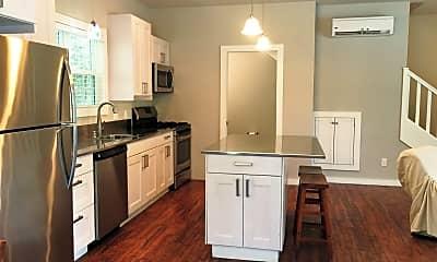 Kitchen, 1633 W Stone St, 1