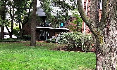 Eastgate Village Apartments, 2