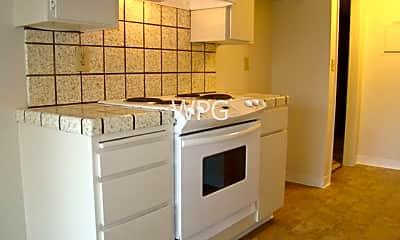 Kitchen, 15114 Lynn Ave, 2