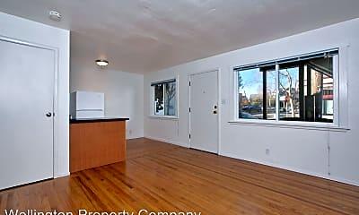 Living Room, 5461 Taft Ave, 1