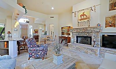 Living Room, 32811 N 70th St, 0