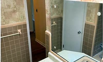 Bathroom, 150 Cumberland Dr, 2