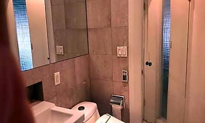 Bathroom, 42-31 Colden St 3C, 2
