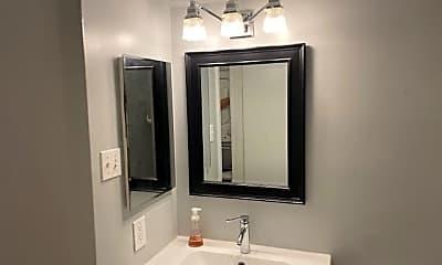 Bathroom, 1436 East Capitol St NE 1436, 2