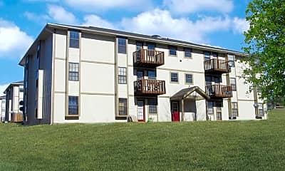 Randall Court Apartments, 2