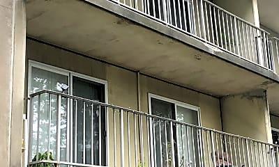 Sauter Place Apartments, 2