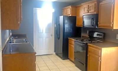 Kitchen, 106 Winstone Ave, 1
