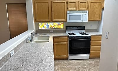 Kitchen, 2120 High Mesa Dr, 1
