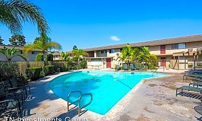 Pool, 10600 Western Ave, 1