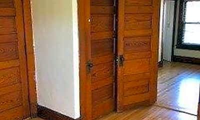 Bedroom, 11 N Franklin St, 1