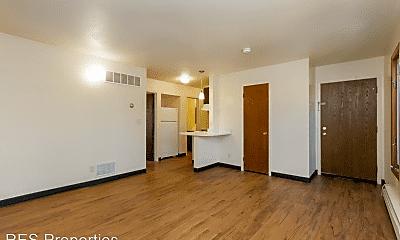 Living Room, 3502-3528 Lincoln Way, 0