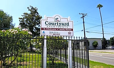 The Courtyard Apartments, 1