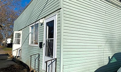 Patio / Deck, 3817 Brunswick Ave, 1