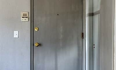 Bedroom, 2520-2528, 1