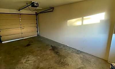 Living Room, 2702 E 31st Ave, 2