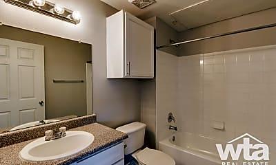 Bathroom, 705 Village Way, 2