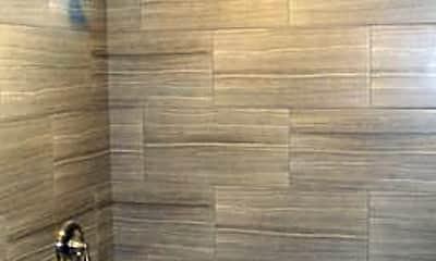 Bathroom, 1400 E Spruce St, 2