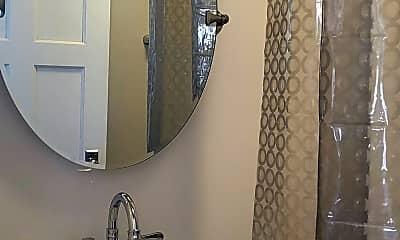 Bathroom, 335 S 200 E, 2