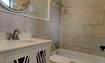 Bathroom, 2543 Vera Ave, 2
