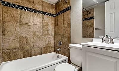 Bathroom, 624 N Lancaster Ave 203, 2