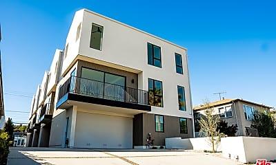 Building, 2019 Preuss Rd, 0