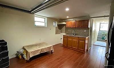 Bedroom, 822 E 46th St, 1