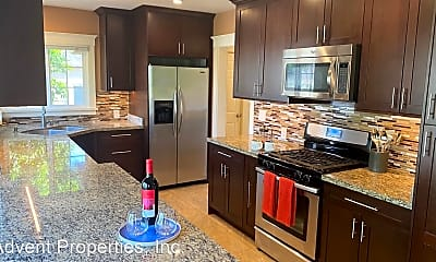 Kitchen, 10801 Beverly Ave, 0